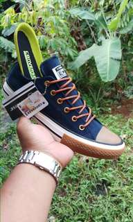 Sepatu Converse 70s tali tan