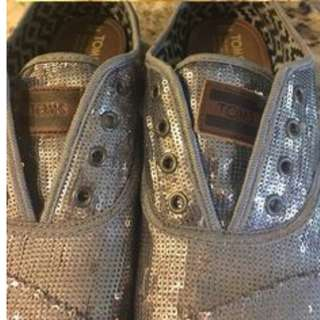 Tom Sequin Shoes (in Black)