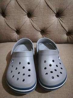 J3 gray crocs authentic