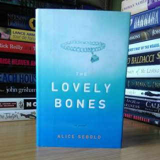the lovely bones - Alice sebold (hardcover)