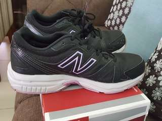 Black New Balance Rubber Shoes