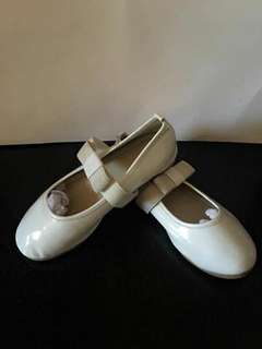 Doll shoes for girls