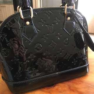 Louis Vuitton Alma Pm monogram Black