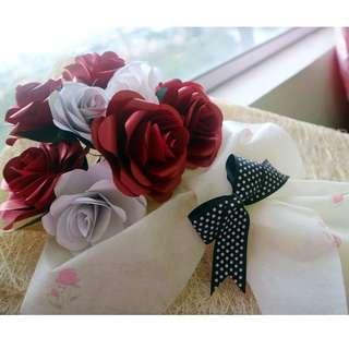 Mother's Day Hand-made Paper Flower Bouquet (IG: @kokorokara.crafts)