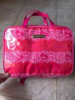 Victoria Secret toiletries bag