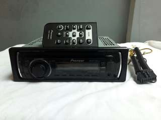 Pioneer car stereo DEH-2150