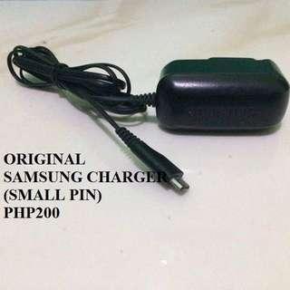 ORIGINAL SAMSUNG CHARGER (Small Pin)