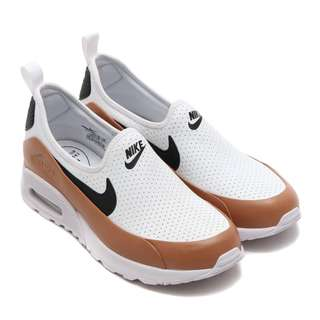 LOOKING FOR : NIKE AIR MAX 90 ULTRA 2.0 EASE  size 6.5  White/black-dusted clay