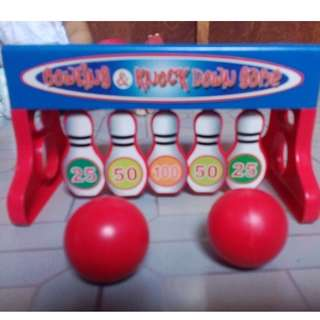 bowling & knock down game