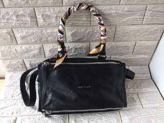 Givenchy Pandora Black Medium