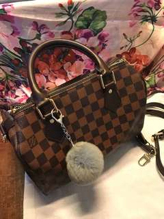 Reduce Price LV speedy 25 Premium Copy