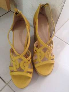 Nine West yellow wedges