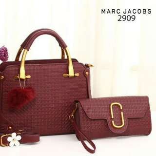 FREE ONGKIR!! Set 2 in 1 MARC JACOBS NeoMarie With Clutch Smooth Leather Embosed Hardware  Gold 2909*
