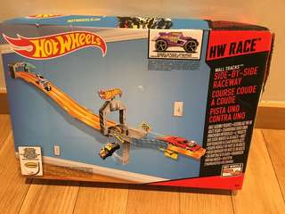 Hot Wheels HW Race