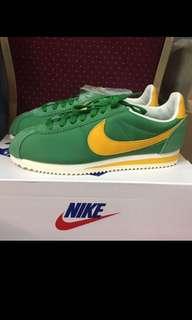 Nike Cortez US 7 & US 7.5