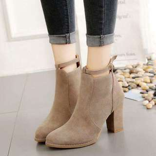 KOREAN SHOES rt-P600 Size : 35-39 Code : Kc