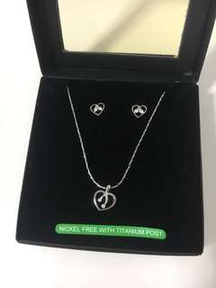 Heart-Shape French necklace set