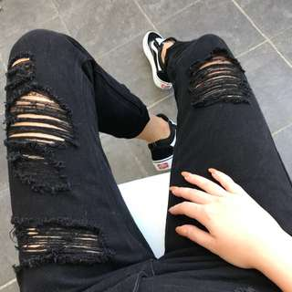 Black Ripped Mum Jeans