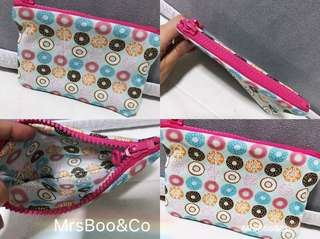 Ready customise pouch with donut inner