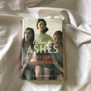 Ashes to Ashes by Siobhan Vivian and Jenny Han (BFB #3)