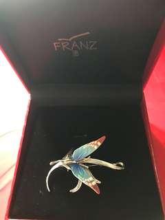 台灣瓷器品牌法藍瓷Franz蝴蝶胸針