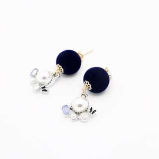 EMVINEX- Ultramarine blue velour fabric charm dangling earring with pearl ornaments