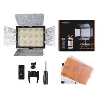 🚚 YongNuo YN-300 III LED Light (YN300)