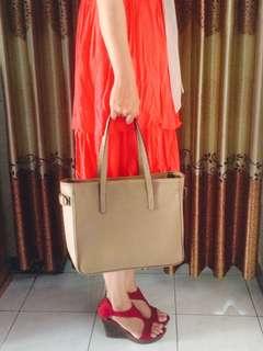 HAND BAG FLASHY