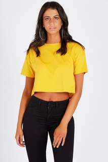 2 loose crop tees
