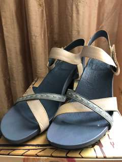 🚚 Macanna高跟涼鞋