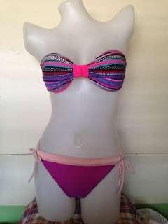 Bikini pair #11