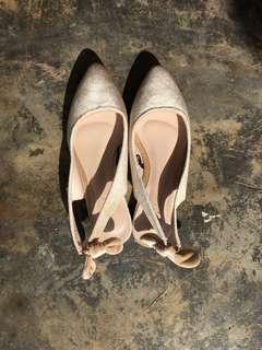 Vincci Pointed Flat Shoe