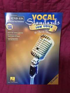 Vocal Standards Low Voice 16 Classic Tunes