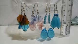 Earring (glass beads)