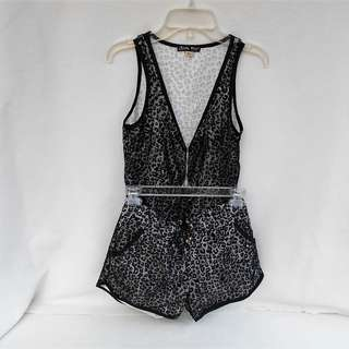 Wit Girl Black & White Top & Shorts for Ladies