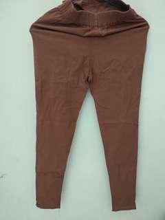 Celana cokelat