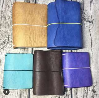 Leatherquill Shoppe Leather Travelers Notebook in Diff Sizes