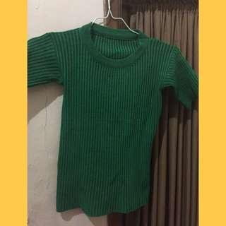 baju warna hijau