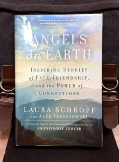 《Bran-New + Hardcover Edition + How Everyone Can Live Happier, Meaningful Lives Through Sharing The Random Acts Of Kindness.》Laura Schroff & Alex Trezniowski - ANGELS ON EARTH : Inspiring Stories of Fate, Friendship, and the Power of Connections