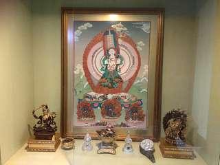 Handpainted white umbrella Buddha