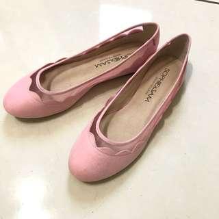 🚚 Sophie&Sam 粉色平地包鞋 37
