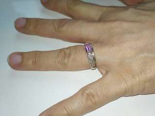 WHITE GOLD DIAMOND WITH PINK TOPAZ RING