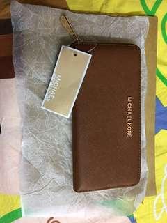 母親節禮物全新Michael Kors 真品 $480只有一個