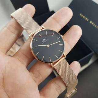 Jam tangan Daniel Wellington Classic Petite Melrose Black 32mm