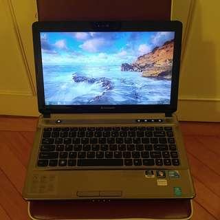 """(i5獨顯)Lenovo ideapad Z360 14"""" Laptop"""