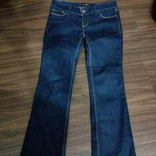 🚚 GUESS 牛仔裤