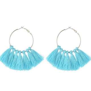 Fan tassel earring (baby blue)