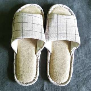 Grid Home Slippers Sandals