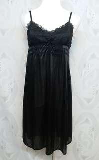 🚚 黑色 絲質 睡衣