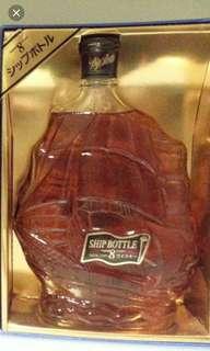 陳年老日威,前輕井沢三樂船型8年威士忌700ml連盒。